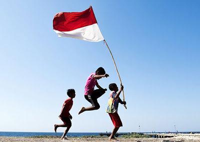 saya-siap-menjadi-kaya-saya-bersedia-menjadi-manusia-saya-bangga-menjadi-indonesia