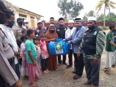 LPBI NU bersama PWNU Aceh dan PCNU Kota Lhokseumawe Bantu Pengungsi Rohingya