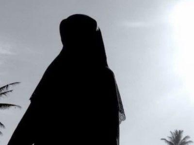 istri shalihah 3