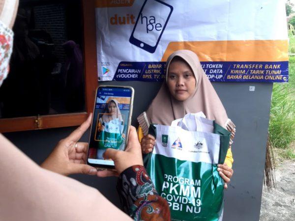 LPBI NU Distribusikan Bantuan Paket Bahan Pokok Makanan Secara Digital & Non Tunai di Tiga Provinsi