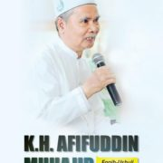 KH Afifuddin Muhajir Faqih Ushuli dari Timur
