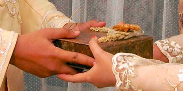 Tafsir Surat Al-Baqarah Ayat 235-237 tentang Khitbah dan Hak Mahar Istri