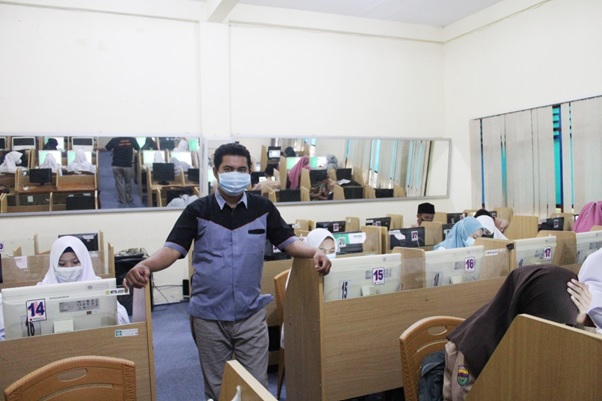 Pelaksanaan Uji Coba Kompetisi Sains Madrasah Tingkat Provinsi Tahun 2021 Berjalan Lancar